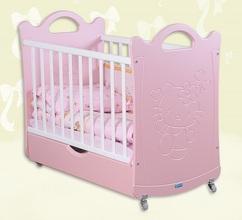 Детская кроватка Китти